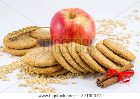Integral Biscuits With Apple And Wheat Seeds