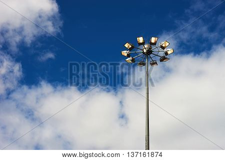 Horizontal right aligned street lamp background hd