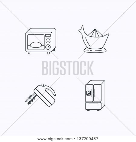 Microwave oven, American style fridge and blender icons. Juicer linear sign. Flat linear icons on white background. Vector