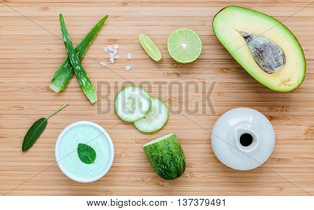 Homemade Skin Care And Body Scrub With Natural Ingredients Avocado ,aloe Vera ,lime,cucumber And Hon