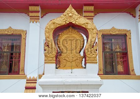 Boundary marker of a temple, gold boundary marker