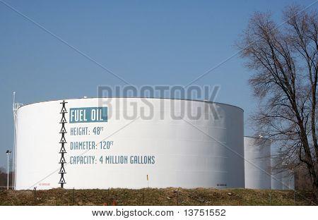 Fuel oil tanks