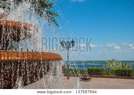 Fountain on the embankment in the crown of the city of Ulyanovsk (Simbirsk)
