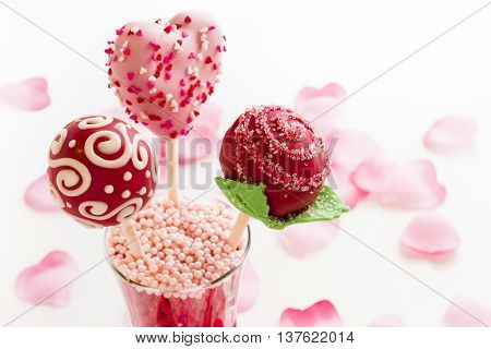 Fancy cake pops decorated for Valentine's day.