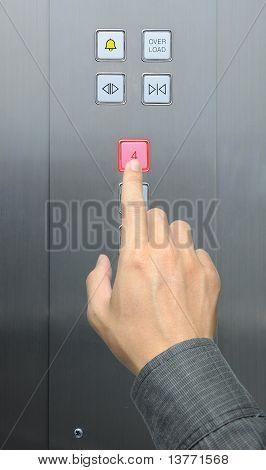 Kaufmann Handpresse 4 Etage im Aufzug