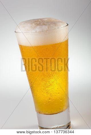 A glass of weizen wheat draft beer