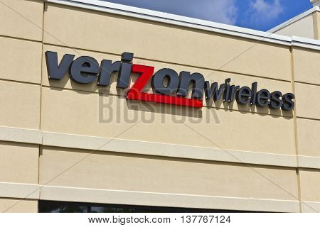 Lafayette IN - Circa July 2016: Verizon Wireless Retail Location. Verizon is One of the Largest Communication Technology Companies VII