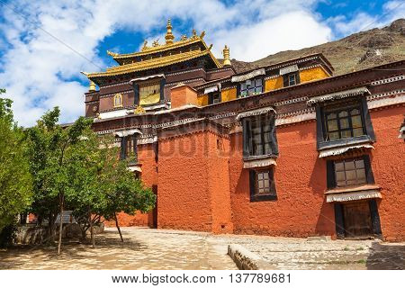 Building in the Tashilhunpo Monastery Shigatse Tibet China