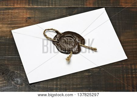 Envelope sealed by the sealing wax press