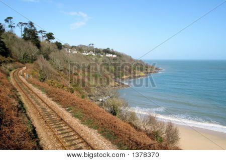 Der Cornwall Coast-Eisenbahnlinie nach St. Ives.