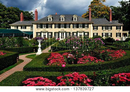 Manchester Village Vermont: East Front of Hildene,  Robert Todd Lincoln's 1905 Georgian Revival Summer home and its formal gardens