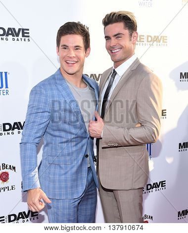 LOS ANGELES - JUN 29:  Adam Devine & Zac Efron arrives to the