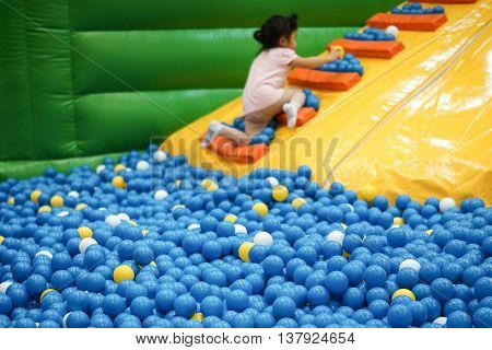 Large ball pit for kids / Indoor playground