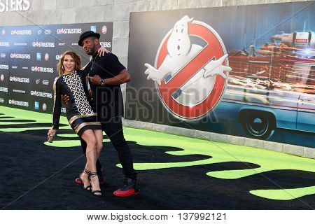 LOS ANGELES - JUL 9:  Alison Holker, Stephen Boss at the Ghostbusters Premiere at the TCL Chinese Theater IMAX on July 9, 2016 in Los Angeles, CA