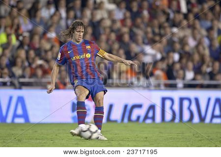 VALENCIA - OCTOBER 17 : Pujol of Barcelona FC in action at Spanish soccer league match Valencia C.F. vs F.C. Barcelona at Mestalla Luis Casanova Stadium October 17, 2009 in Valencia.