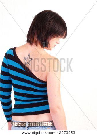 brunette Rocker Mädchen
