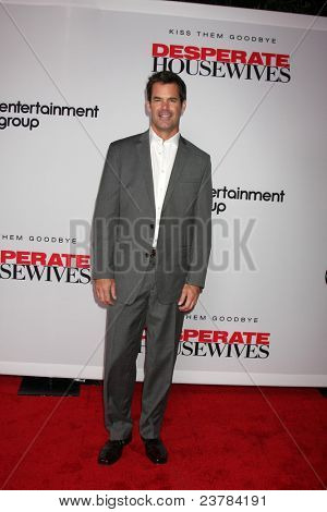 LOS ANGELES - SEPT 21:  Tuc Watkins arriving at the