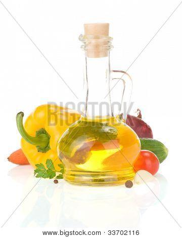 especias de alimentos e ingredientes aislados sobre fondo blanco