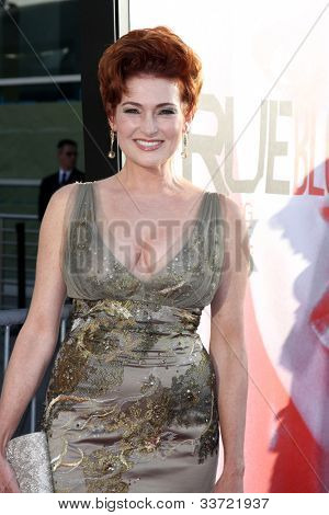 LOS ANGELES - MAY 30:  Carolyn Hennessy arrives at the