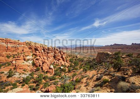 Arches Park near hells kitchen with wispy cirrus clouds