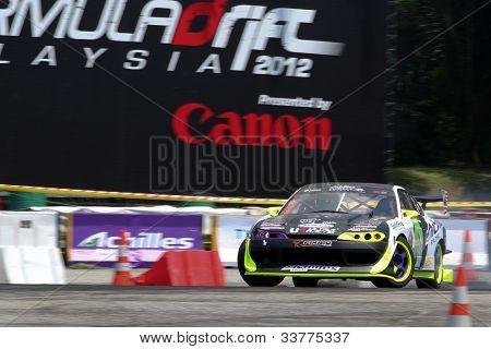 Kuala Lumpur 19. Mai: Malaysias Muhammad Zaiham Hamdan fahren einen Nissan Silvia macht eine Praxis ru