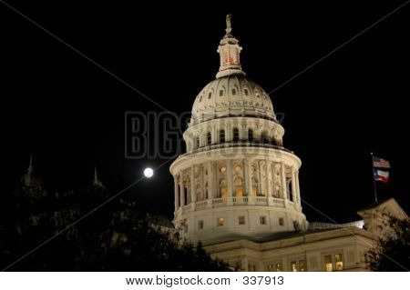 Texas Capitol & Full Moon