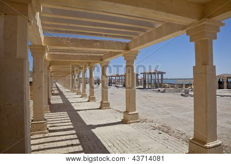 Public Walkway And Pagoda Shapes Dwarka