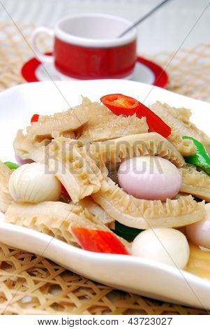 China Delicious Food-- Tasty Tripe Cook Onion