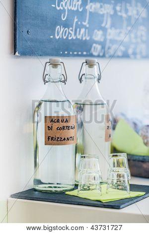 Acqua Di Cortesia