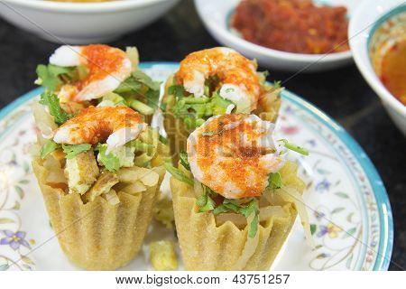 Nyonya Kueh Pie Tee With Prawns Closeup