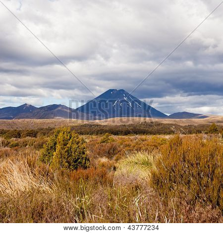 Active volcano Mount Ngauruhoe in Tongariro NP NZ