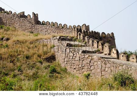 Battlements, Golcanda Fort