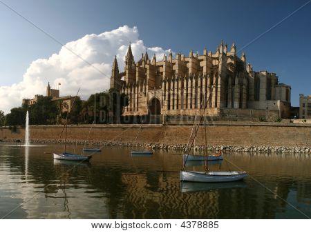 Cathedral La Seu In Palma De Mallorca, Spain