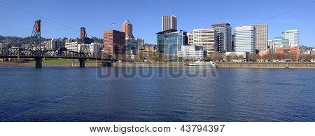Portland Or. Skyline Panorama And River.