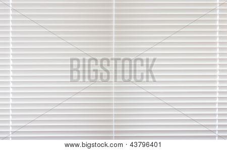Full Frame Closed Venetian Blind