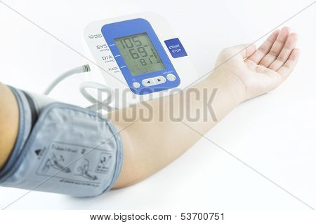 Electronic Blood Pressure Meter And Arm