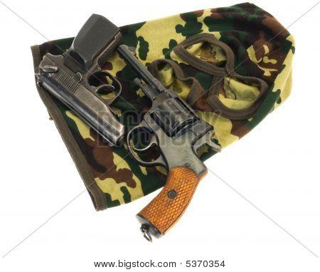 Guns And Mask