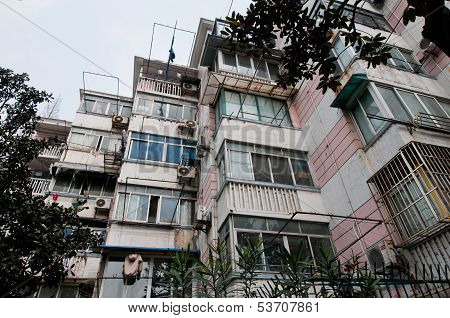 Chine House Of Flats