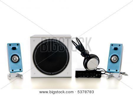 Sistema de sonido HiFi 2.1