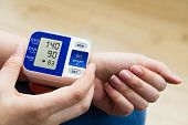 foto of hypertensive  - High blood pressure - JPG