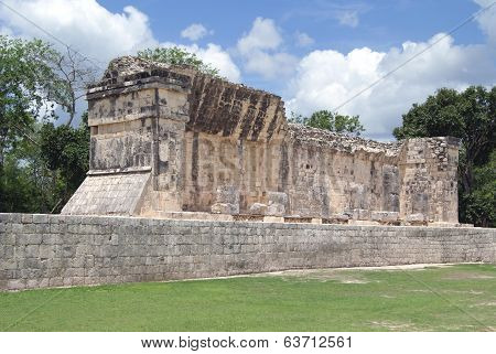 pok ta pok ball court, Chichen Itza, Mexico