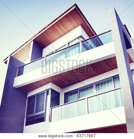 Contemporary Residential Building Exterior in the Daylight