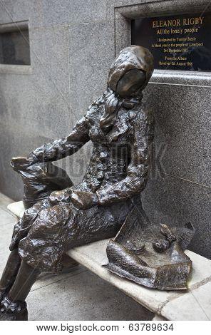 Eleanor Rigby Sculpture In Liverpool