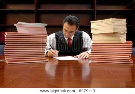 Rechtsanwalt ist die Vertragsunterzeichnung
