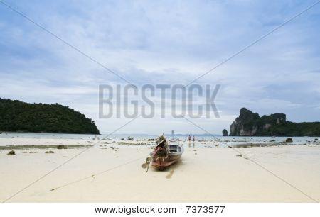 Koh Phi Phi Beach Longtail