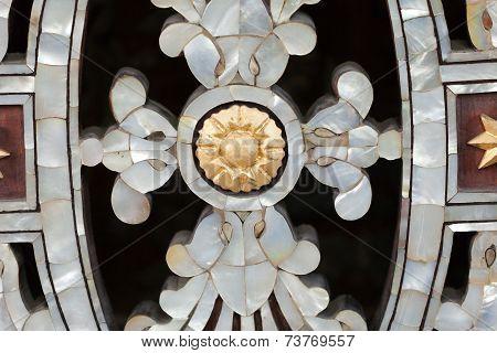 Bursa - Osman Gazi Tomb - Brass balustrade. Mother of pearl detail