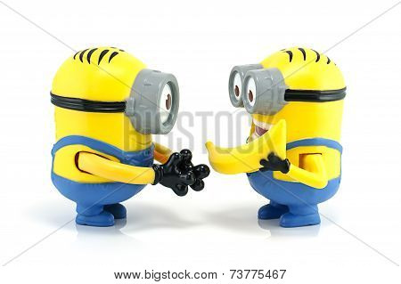 Minion Dave Give Banana To Minion Stuart.
