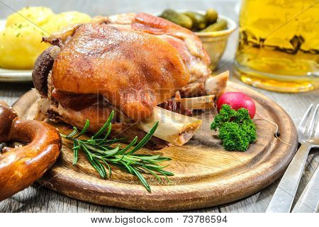 German Schweinshaxe