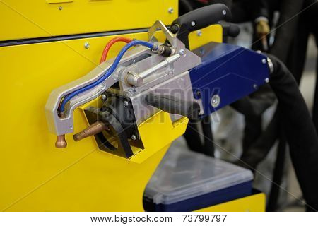 image of a welding machine