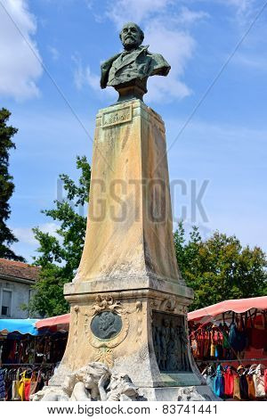 Monument Alphonse Benoit